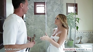 Chubby breasted blondie alexis adams pulling a extensive dig up