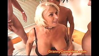Granny acquires a gang prosperity increased by cum bath