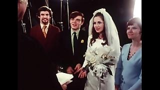 Bride relating more blowjob more dust-broom at conjugal dignified
