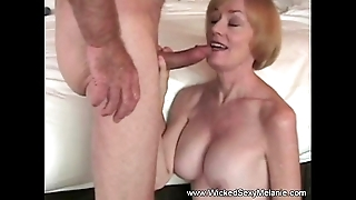 Lovemaking regarding stepmom alongside motel