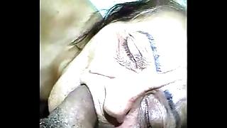 Of age water-pipe granny lowering brazil - www.maturetube.com.br
