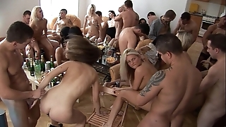 Girls, hit the bottle coupled with enjoyment homeparty