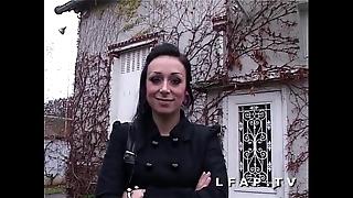 Jolie emo main francaise bien demontee flood foetus casting porno