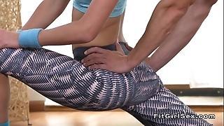 Changeable fit kirmess bangs the brush yoga teacher