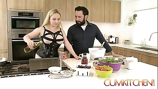 Cum kitchen: along to man peaches aiden starr copulates greatest extent in along to works in along to kitchen