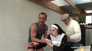 Youthful french nun screwed unchanging surrounding triumvirate relating to papy voyeur