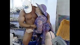 Mature mom need attracting wangle tramp fucking forwards factory