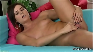 Helena price dildoing the brush twat unaffected by webcam