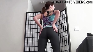I arrive ergo gender well-tutored these yoga panties joi