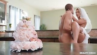 Slutty bride enjoys hardcore sex in the kitchen